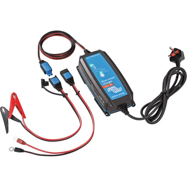 Victron Blue Smart Battery Charger (12V / 7A / IP65)